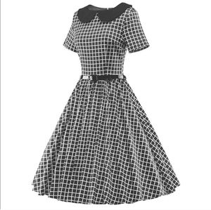 Luouse Vintage 50's fit and flare Dress size S